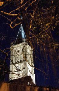 Eclairage public : l'église de Mauves retrouve des couleurs